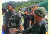 One Penan arrested - Police shoot in the air as 300 continue protest